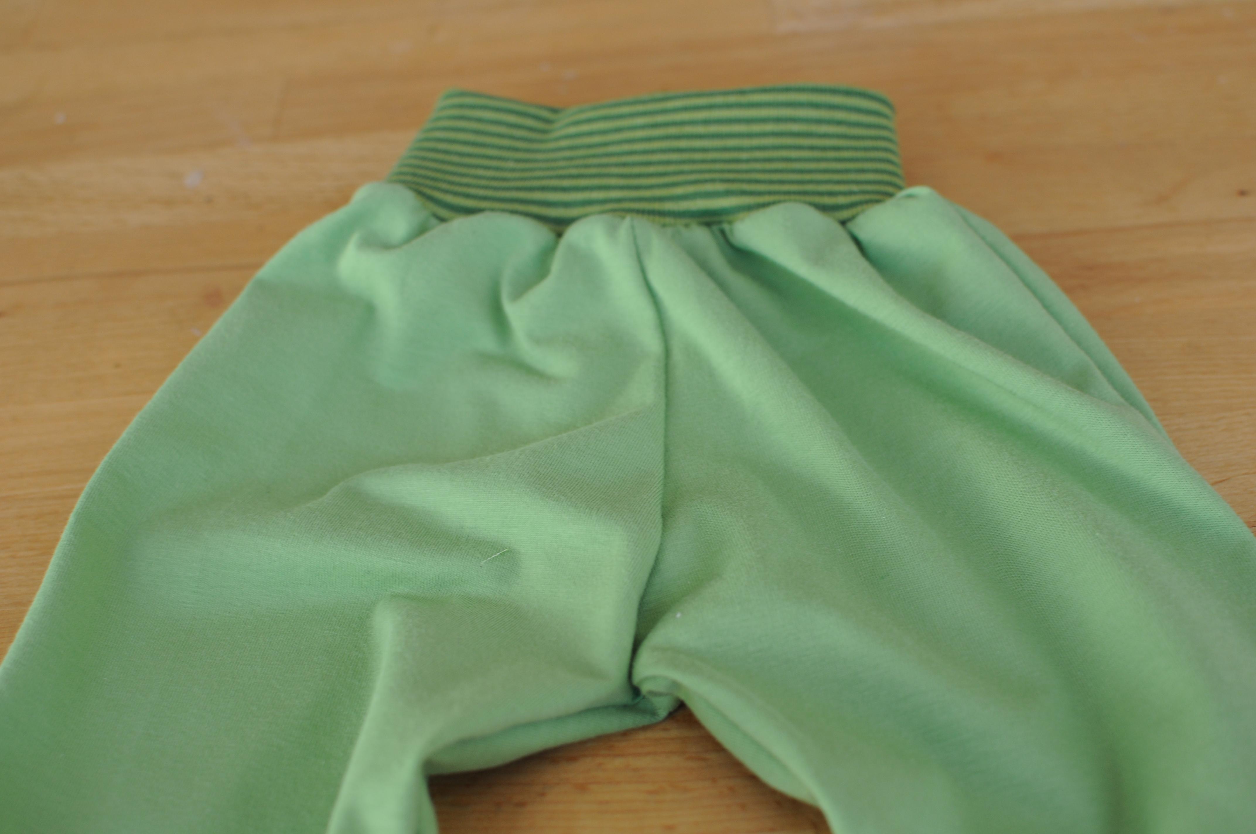 Kuhschlafanzug_Hose_gesamt