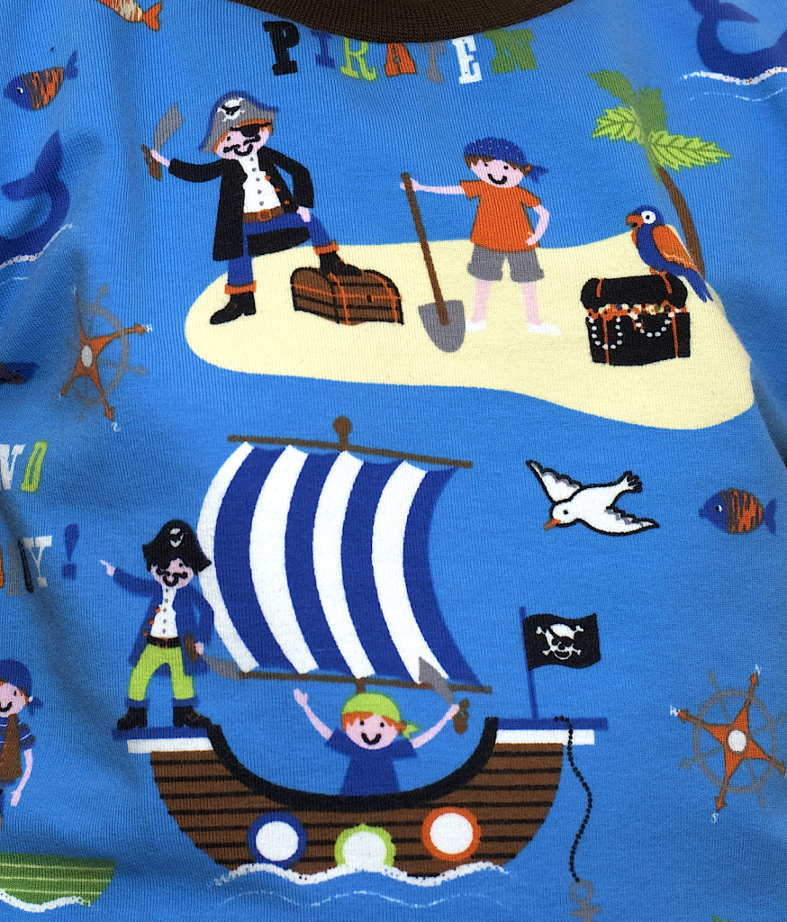 Piratenshirt_02